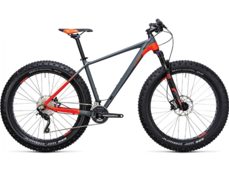Découvrez le VTT Fat Bike Cube nutrail chez Mondovelo pour dévaler les pistes enneigées